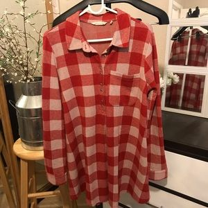 💡Soft surroundings flannel dress